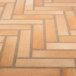 Тротуарная клинкерная плитка Stroeher 123 beige-bunt, 240х52х18 мм