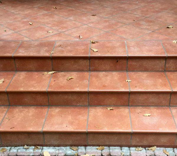 Ступень с капиносом Interbau Alpen 059 Красная глина 310x320 мм